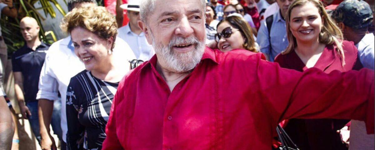 Lula Caravana 2 1200x480 - Parece mentira, mas não é: Lula não está desconfortável na cela da PF - Por Nonato Guedes